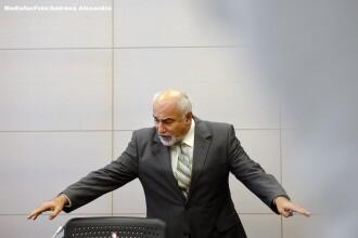 Varujan Vosganian a demisionat din functia de ministru al Economiei. Daniel Chitoiu va fi interimar