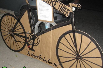 Si-a furat propria bicicleta si a lasat un mesaj ilar pentru hot. FOTO