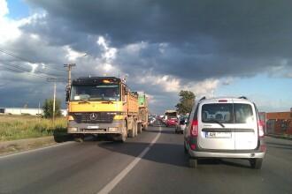 Lucrari fara efect la trecerea peste calea ferata din Vladimirescu. Se mentin cozile kilometrice