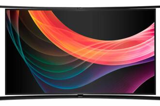 Samsung a lansat la IFA Berlin primul UHD TV curbat, la care poti vedea doua posturi TV simultan