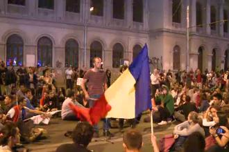A patra noapte de proteste in Capitala impotriva proiectului Rosia Montana. 2000 de oameni,in strada
