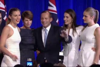 Fotografia de familie a noului premier al Australiei, stricata de un intrus