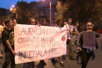 A NOUA seara de proteste impotriva proiectului Rosia Montana. Bulevardul Elisabeta a fost blocat