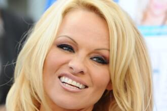 Brigitte Bardot s-a aliat cu Pamela Anderson impotriva eutanasierii cainilor maidanezi din Romania