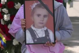 Bianca, fata de opt ani ucisa de viitura, a fost inmormantata in haine de printesa.