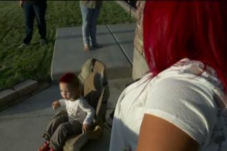 O tigara electronica a explodat pe scaunul pe care se afla un copil. Micutul a scapat ca prin minune