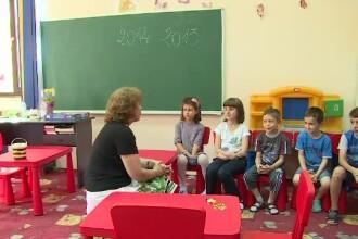 Elevii si liceenii care au inceput scoala inainte de 15 septembrie.