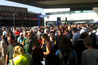 Un pachet suspect a fost gasit pe un aeroport din Londra. Pasagerii au fost evacuati si au fost chemati genistii