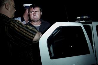 Un barbat din Botosani si-a ucis tatal dupa o cearta pentru renovarea casei. Suspectul a fost retinut