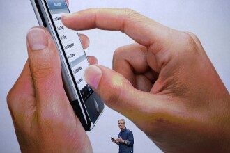 Apple a lansat o aplicatie care permite abonatilor iTunes sa stearga albumul trupei U2