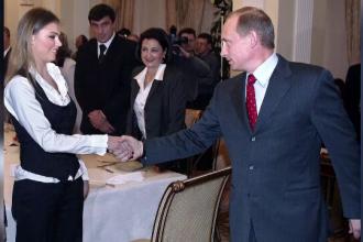 Alina Kabaeva, o presupusa iubita de-a lui Vladimir Putin, numita la conducerea unui mare trust de presa