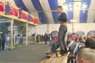 Oktoberfest 2014. Bucurestenii au dansat pe mese la startul celui mai mare festival al berii din Capitala
