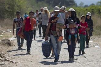 Romania poate gazdui refugiati din toamna, cu bani de la UE. Traian Basescu: Ar trebui sa refuzam, nu e jocul nostru