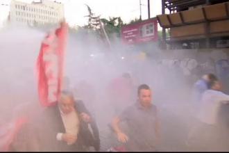 Saptamana pacii a inceput cu violente la Istanbul. Politistii au intervenit cu tunuri cu apa
