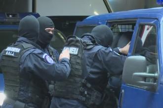 Case conspirative in Capitala, masini modificate si zeci de mii de euro in joc. Cum actionau 4 romani, traficanti de migranti