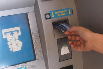 BCR elimina comisioanele la ATM pentru toti clientii sai, de la 1 octombrie. Cum motiveaza decizia