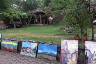 Zeci de pictori din intreaga Europa au venit in Maramures pentru o tabara de pictura. Artistii s-au indragostit de peisaje