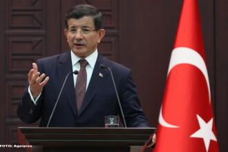 12 politisti turci au fost ucisi intr-un atentat, la doar o zi dupa ce premierul Turciei a promis lichidarea rebelilor PKK