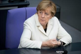 Sute de imigranti au fortat un cordon al politiei la granita sarbo-ungara. Angela Merkel: