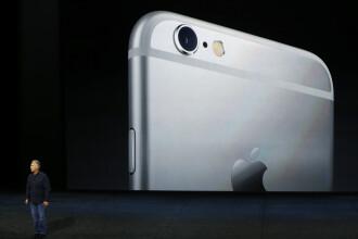 Reactiile internautilor dupa lansarea noilor produse Apple. Cum au parodiat uriasul iPad Pro, cu ecranul de 32 de cm. FOTO