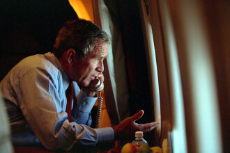 Dezvaluiri facute dupa 15 ani de la atentatele de la 11 septembrie. Ce a zis George W. Bush cand a aflat de Turnurile Gemene