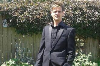 Un tata a facut apel pe Facebook pentru gasirea celui care i-a accidentat fiul si a fugit. Cand a aflat cine e .. a inghetat