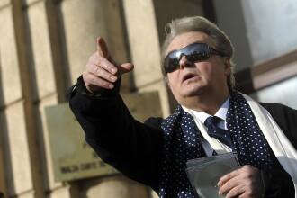 Corneliu Vadim Tudor, protagonistul celei mai sangeroase incaierari din Parlament. Cele mai controversate declaratii