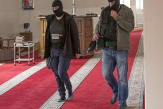 Politistii germani au facut razie in sosete, in moschea suspectata ca racola combatanti pentru ISIS