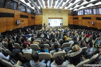 Universitatea de Vest din Timisoara e dispusa sa ofere cursuri gratuite de limba romana imigrantilor primiti de Romania