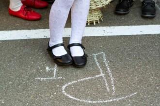 Ziua Internationala a Educatiei: Elevii si profesorii sunt liberi luni, pe 5 octombrie