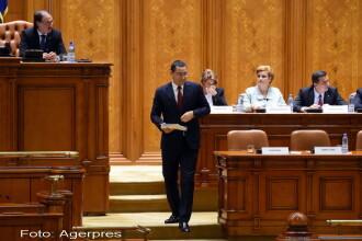 Motiunea de cenzura a PNL a fost respinsa de Parlament. Certuri aprinse intre Victor Ponta si opozitie, in plen