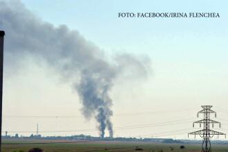 Incendiu puternic in sudul Capitalei. Pompierii au ajuns cu greu din cauza protestului transportatorilor