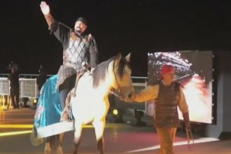 Steven Seagal, la Jocurile mondiale ale nomazilor din Karghastan. Competitiile la care au luat parte barbatii