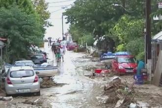 Inundatii grave in mai multe regiuni din Grecia. Ce s-a intamplat cu masina unei familii de romani aflata in Corfu