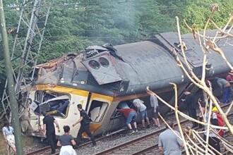 Un tren de pasageri a deraiat in Spania: sunt cel putin 4 morti si 49 de raniti. Primele imagini de la fata locului