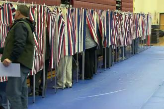 SUA se tem ca hackerii rusi vor sa saboteze alegerile prezidentiale din noiembrie. Reactia lui Putin