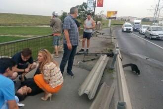 Jurnalista unui post TV a fost lovita de o masina, in timp ce facea o relatare in Bucuresti. Cameramanul a fost ranit si el