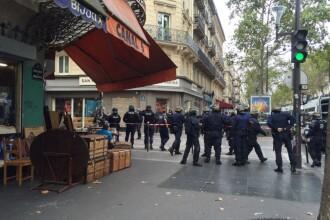 Alerta terorista falsa in centrul Parisului. Zeci de politisti inarmati au incercuit zona