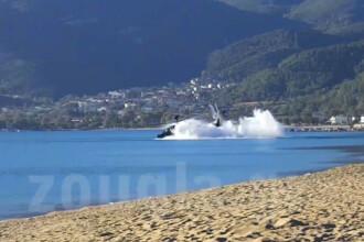 Momentul in care un elicopter s-a prabusit in mare, in timpul unor exercitii militare din Grecia. Ce s-a intamplat cu pilotii