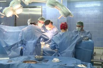 Un barbat a primit o inima noua de la o femeie aflata in moarte cerebrala, dupa 1 an de asteptare, la Targu Mures