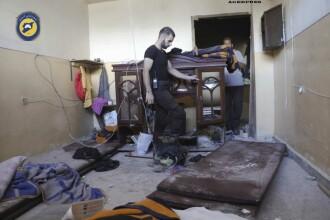 Raiduri aeriene asupra orasului sirian Alep cu cel putin 25 de morti. Tabara controlata de rebeli, cucerita