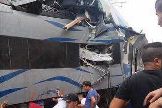 Grav accident de tren in Algeria. Unul dintre conductori a murit, iar 90 de pasageri au fost raniti. VIDEO
