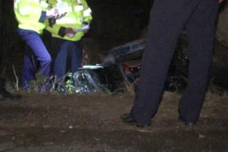 Doi tineri morti si al treilea ranit grav intr-un accident produs de prietenul lor. Soferul se urcase baut la volan