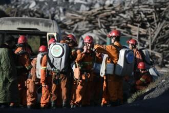 Explozie provocata de o acumulare gaz la o mina de carbune din China. 18 oameni au decedat, iar 2 sunt dati disparuti