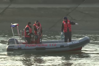 Pescar dispărut pe râul Olt, căutat de pompieri şi poliţişti