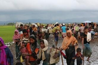 400 de morți, 2600 de case arse și peste 50.000 de refugiați. Bilanțul violențelor din Myanmar