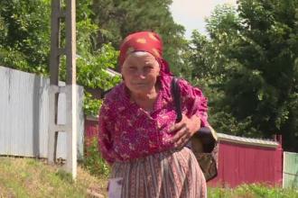 Cum îşi trăiesc bătrâneţea jumătate dintre bunicii noştri. Nu au bani pentru activităţi culturale