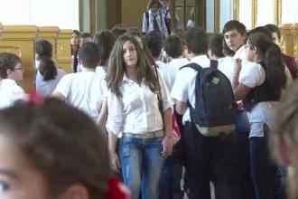 Şcolile şi grădiniţele din Bucureşti vor angaja anul acesta 230 de medici şi asistente
