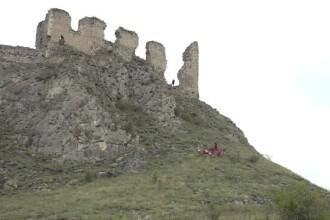 Un bătrân a căzut de pe zidurile unei cetăţi din Alba