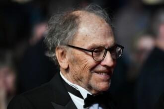 Actorul Jean-Louis Trintignant a anunţat că suferă de cancer